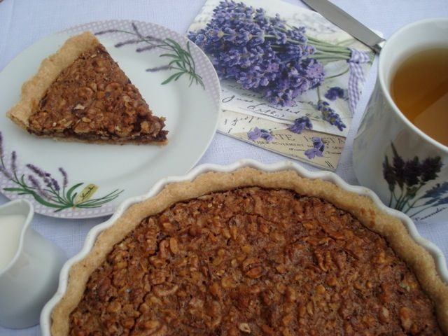 Ořechový koláč s hořkou čokoládou | Walnut Dark Chocolate Pie - www.vune-vanilky.cz