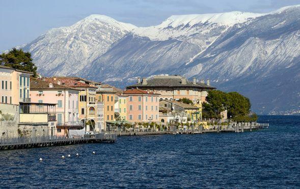 Bezauberndes Haus am Gardasee  Gargnano  - Gargnano mit Monte Baldo und Palazzo Feltrinelli