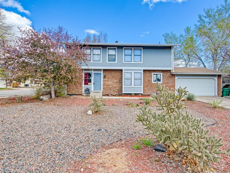 Just Listed | 16858 E Napa Dr. Aurora. Perfect family home with plenty of room for everyone. Great location in the Cherry Creek school district.
