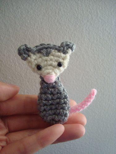 #crochet pattern applique Opossum Blog