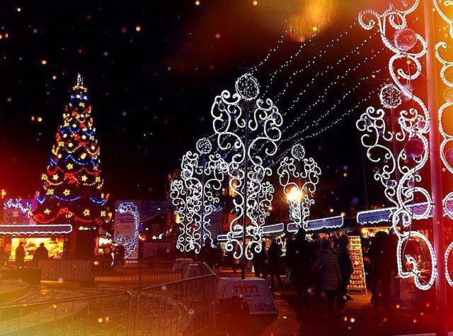 """spb.full: """"С наступающим праздником и всем счастливых праздников! Фото:@kitova_nastya"""""""