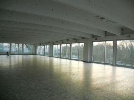 La Bonneterie: industriële architectuur wordt wooncomplex / MERTENS ARCHITECTEN