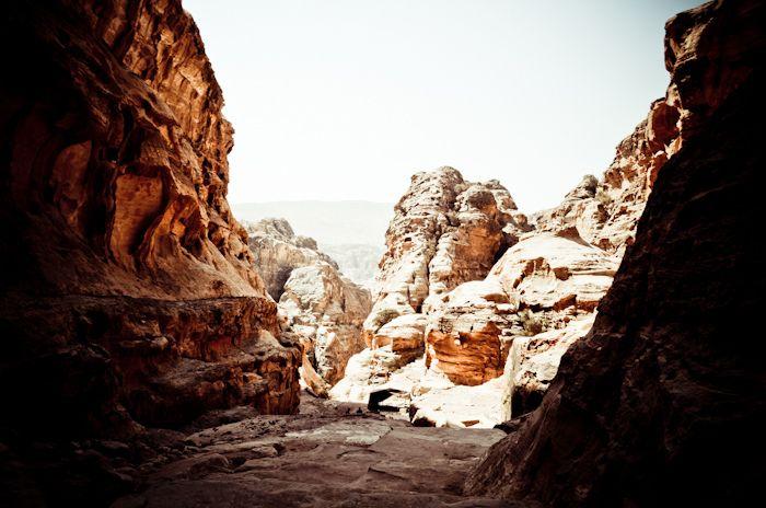 #petra #jordan #jordanie #indy #jones #explore #travel #outpost  http://www.outpost-shop.com