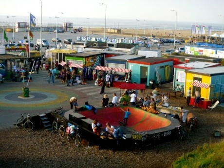 Shipping Container Homes: FAST - Scheveningen, Netherlands - Shipping Container Accommodation  http://homeinabox.blogspot.com.au/2012/09/fast-scheveningen-netherlands-shipping.html