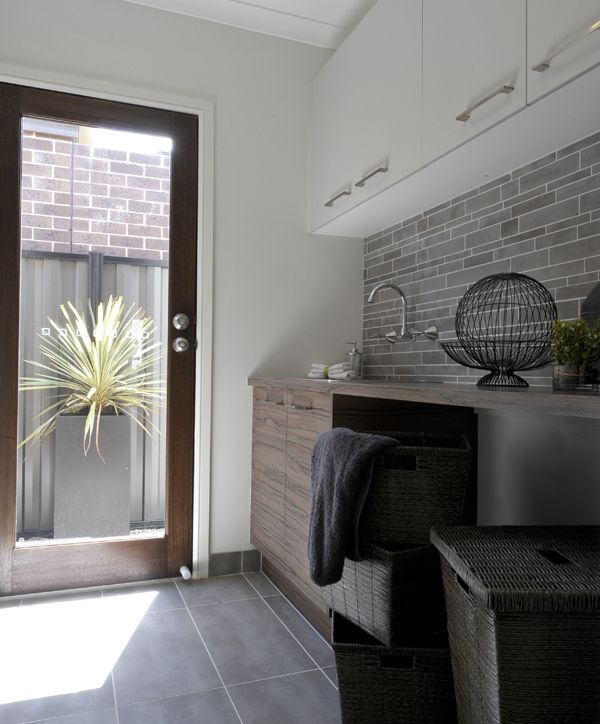 1000 Ideas About Apartment Kitchen Makeovers On Pinterest: 1000+ Ideas About Laundry Room Makeovers On Pinterest