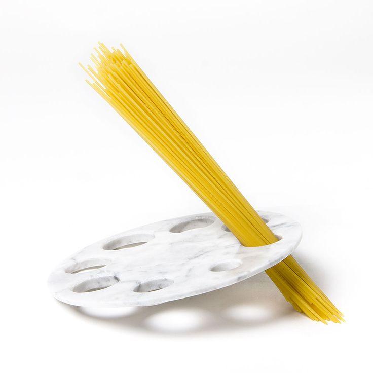 Sottopentola/dosa spaghetti Moon Scandola Marmi / Manuel Barbieri
