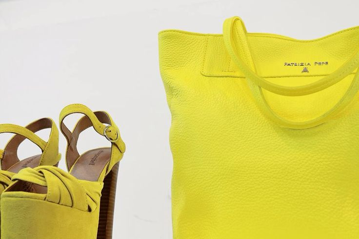 Do you like this yellow mood? Jeffrey Campbell shoes and bag by Patrizia Pepe.