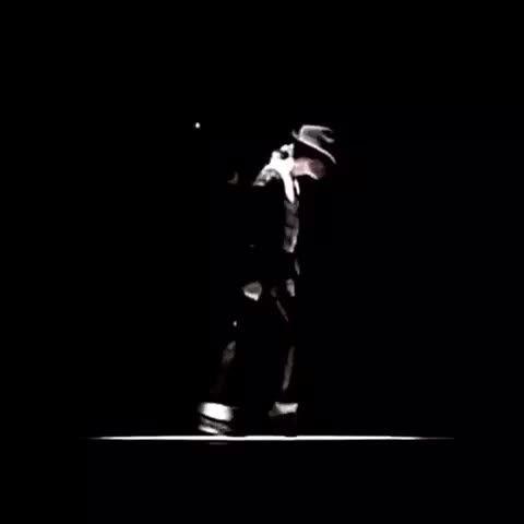 #moonwalk #dance #moonwalks #cool #omg #kingofpop #michaeljackson #mjforever #billiejean #dancevine