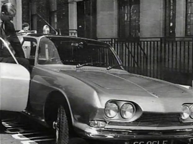 "IMCDb.org: 1965 Reliant Scimitar GT Ogle Triplex GTS [SE4A] in ""Top Gear, 1978-2001"""