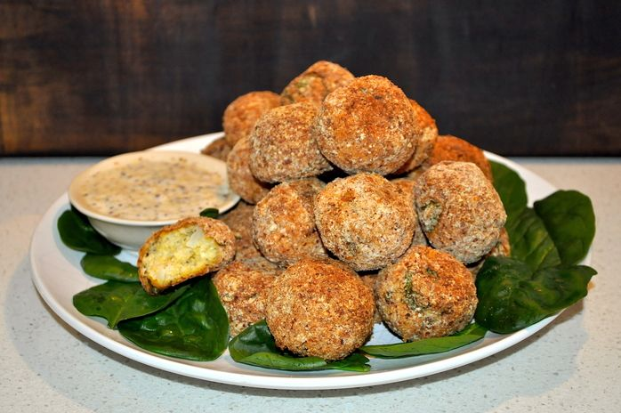 The humble cauliflower is a powerhouse of health promoting qualities; its versatility can be seen in the many different ways the vegetable is cooked; in soups, salads, fritters, stir-fries, curries or as this dish demonstrates, as healthy Cauliflower Meatballs.
