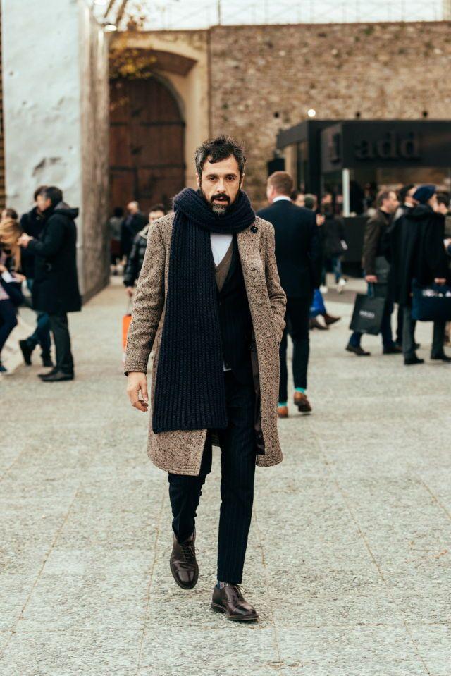 Man coat , scarf, piti huomo