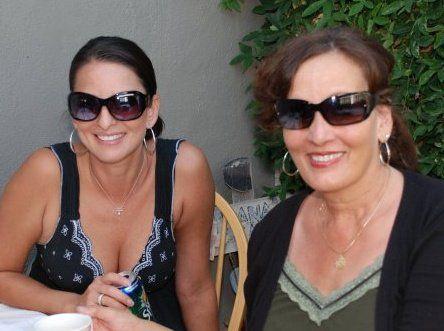 Mom and I- twinsies!