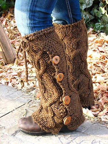 Bulky Cabled Legwarmers with Buttons  by Liat Gat: Liat Gat, Bulki Yarns Crochet Patterns, Crochet Legwarm Patterns, Knits Cable Patterns, Cable Knits Crochet Patterns, Bulki Cable, Cable Legwarm, Legs Warmers Patterns, Buttons Free
