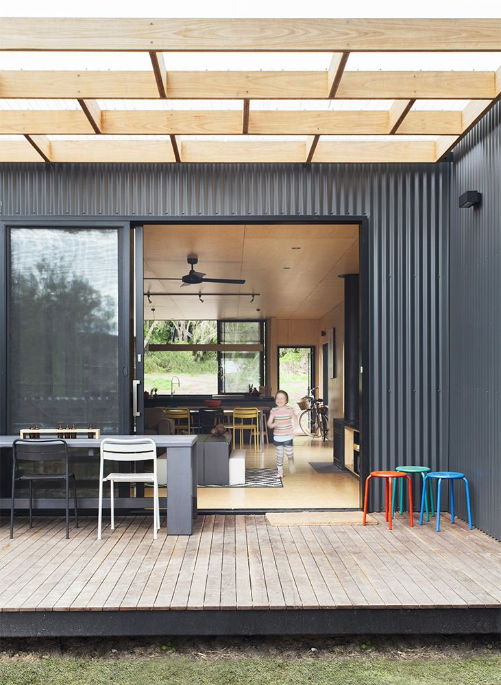 Sustainable prefab beach house in Blairgowrie – Designhunter – Sustainable Architecture with Warmth & Texture