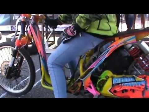 Gaya Balap Bu Guru Cantik Yurike Endar BEBEK NUNGGING - Drag Bike Ponorogo