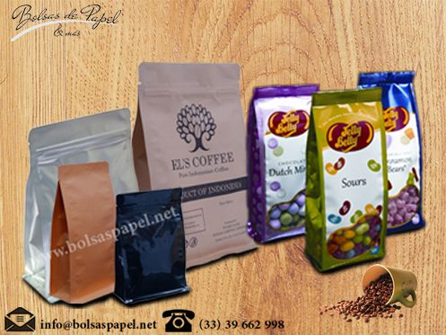 Bolsas De Papel - Swiss Pac #Uppouches are printed with #rotogravure technique and printing up to 9 colors. Our #biodegradablebags or #flatbottomedbags features are #Courtopenseasy , #Laminated bag,#Resealable #Zipper    Visit at http://www.bolsaspapel.net/bolsas-de-fondo-plano/