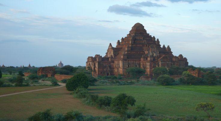Mystique Bagan  Crédit photo : Alexandre François http://www.globe-trotting.com/#!itineraire-asie-du-sud-est-/ca5r