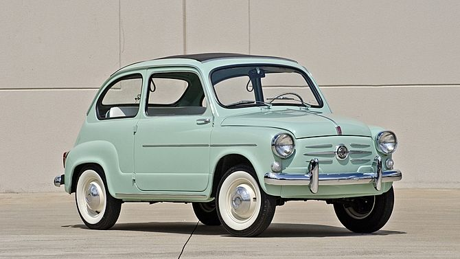 1960 Fiat 600 Sunroof Sedan 633 CC, 4-Speed presented as lot F123 at Monterey, CA 2014 - image12