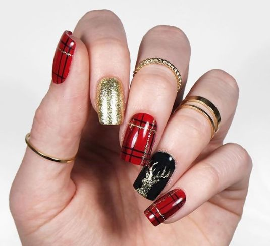 Stripes and Tape Nail Art Designs 2018, It may stun you to understand that decorating your nails isn't one thing that's recent, it's been occurring for thousands of years. The trends currently aren't any doubt a lot of advanced to not mention perpetually ever-changing. currently we've got henna and polymers and what have you ever. currently that things square measure