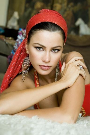 sofia vergara. she is amazing.: Sofia Vergara, Gypsy Style, Beautiful Women, Beautiful B W, Girls Girls, Photo, Sophia Vergara, Favorite People