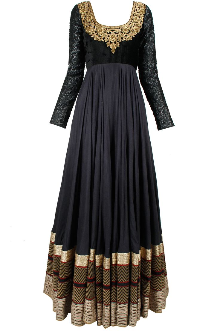 Black gold and sequins embroidered jalabiya anarkali available only at Pernia's Pop-Up Shop.