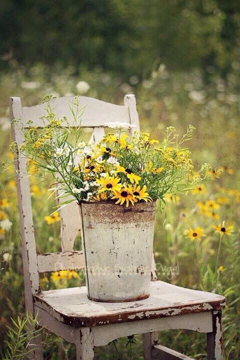 Bucket of wildflowers malen pinterest tisch und for Gartendeko tisch