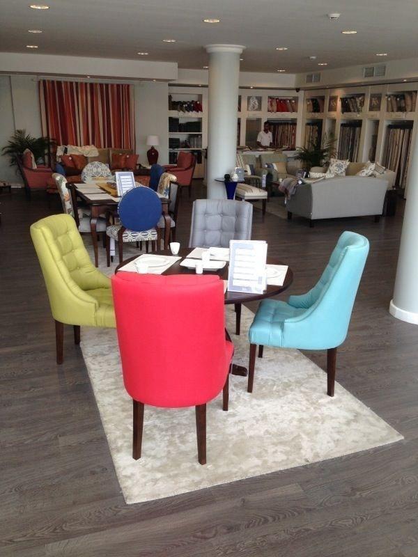 Coloreaza spatiul din jurul tau in nuante pline de viata cu ajutorul unor scaune foarte vesele si moderne!   #kainternational #decor #amenajari #profiledecorativ #tapet #mobila #tesaturi #mobilatapitata