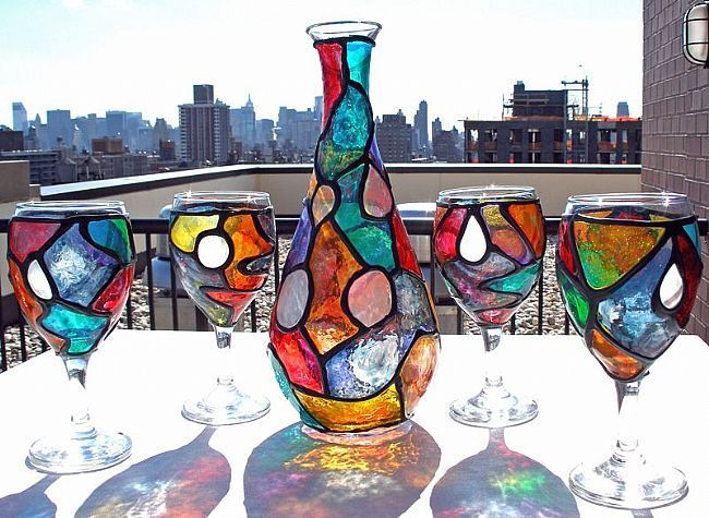 I want to learn to do this stained glass paint on wine for How to stain glass jars with paint