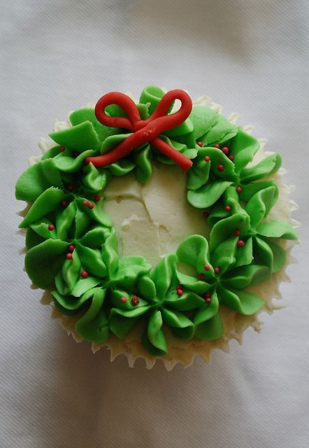 Christmas Wreath Cupcake | www.thereforthebaking.com | Flickr