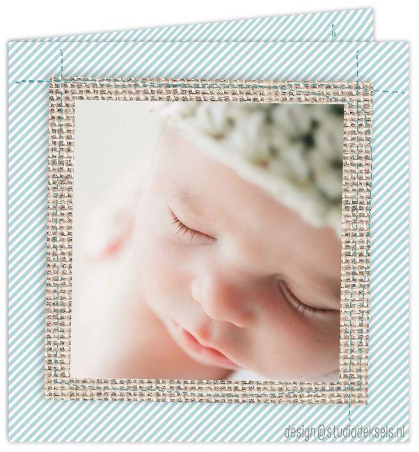 Studio Deksels • geboortekaartjes • foto • newborn shoot • canvas • jute • streepje • blauw • stiksels