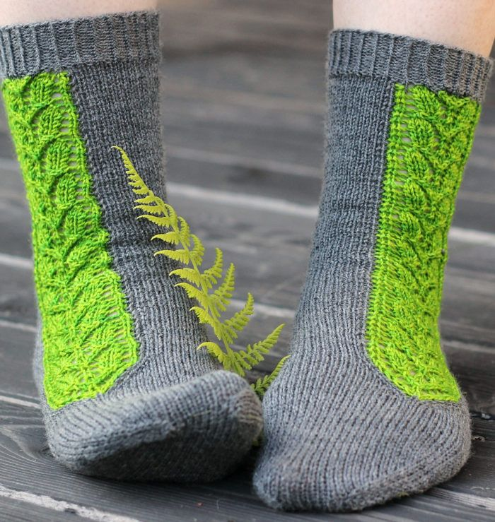 Free Knitting Pattern for Villiviini Socks - Cuff down socks with a striking lace panel knit with intarsia in the round. 3 sizes. Fingering yarn. Designed by Tiina Kuu. Available in English, Finnish, and French