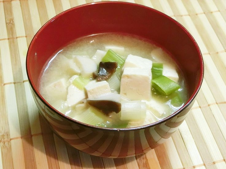 ココナッツミルクのみそスープ              骨粗しょう症や免疫力アップにココナッツミルク!