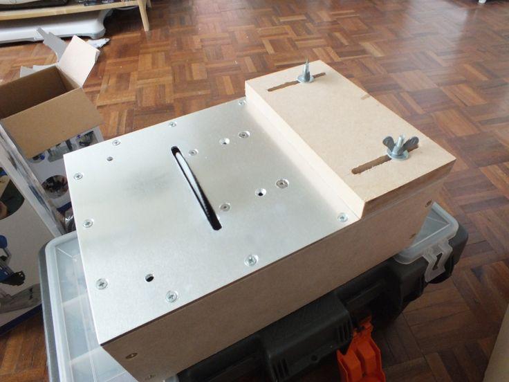Mini sierra circular de mesa casera | Oscar de los Santos