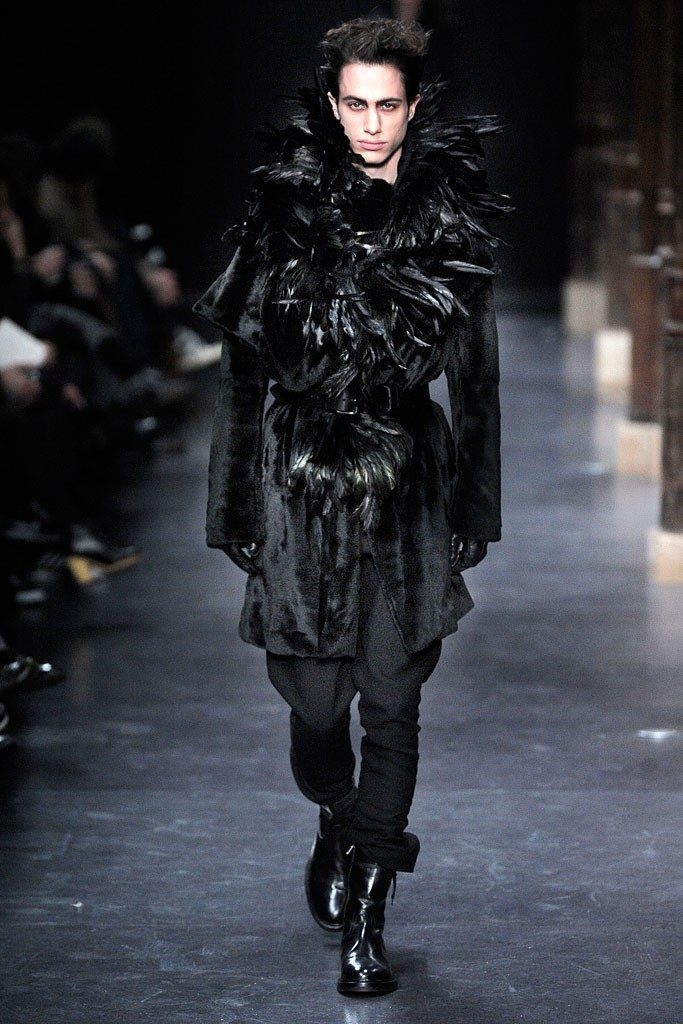 Ann Demeulemeester Fall 2010 Menswear Fashion Show