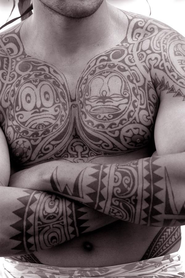"""The word """"tattoo"""" comes from the Tahitian word tautau, which was the sound made by tattooing -- tat tat. Traditional Tahitian tattoos are still being done today and are a tribute to the importance they played in the Polynesian culture for centuries. #Tahiti #Tattoo"""