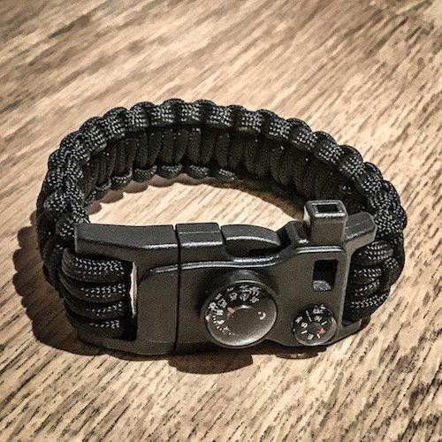 Grit Wristband - A Paracord Survival Bracelet for the Minimalist