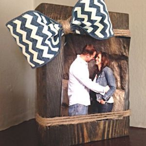 Wood Block Picture Frame  wood block + dark walnut stain + twine + chevron burlap ribbon + photo + glue