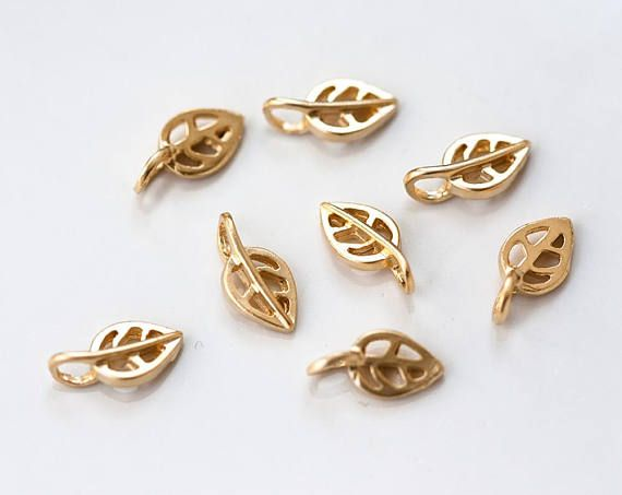 2663_ Gold leaf pendant 5.5x11 mm, Skeleton leaves, Leaf charm, Small pewter pendant, Gold plated charms, Metal jewelry, Gold findings_6 pcs