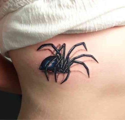 Los tatuajes de seducción de la araña - http://tatuajeclub.com/2016/05/31/los-tatuajes-de-seduccion-de-la-arana.html