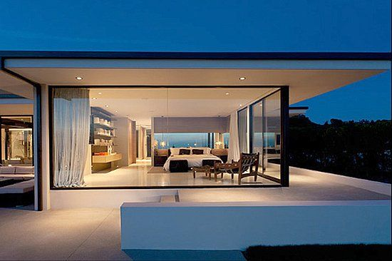 Vera Wang's Beverly Hills Home