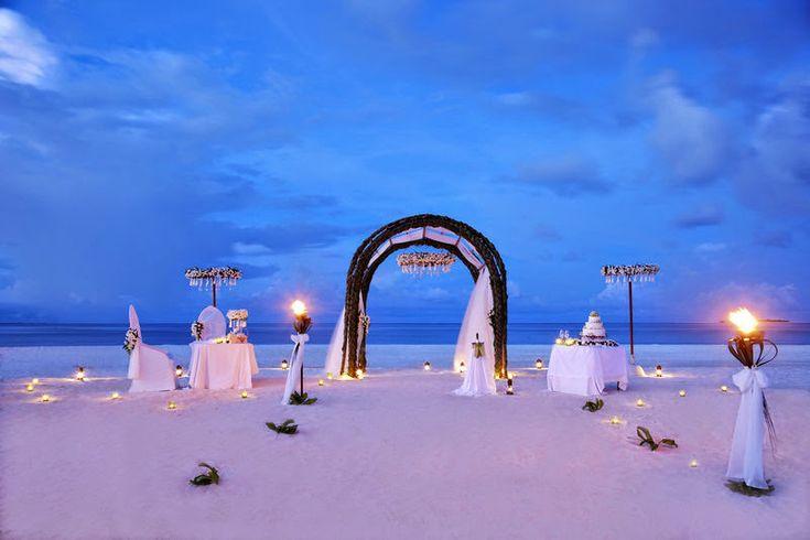 Anantara Kihavah Maldives Villas - outdoor wedding