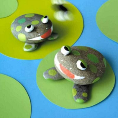 Frog pet rocks.Great kid craft project.