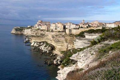 Corsica, raiul vacanţelor târzii http://www.antenasatelor.ro/turism/5990-corsica,-raiul-vacantelor-tarzii.html