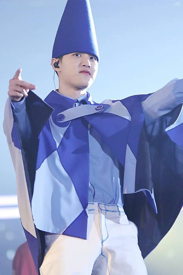 And then there's squishy Do Kyungsoo ❤ 2/2