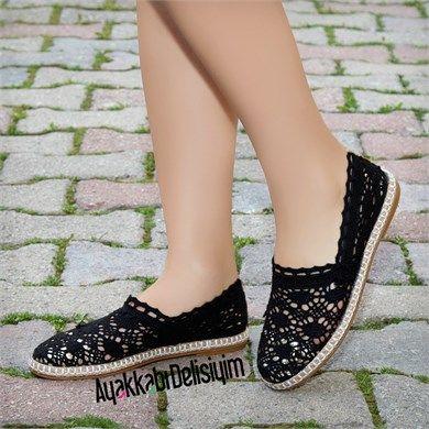 Siyah Dantelli Espadril Ayakkabı