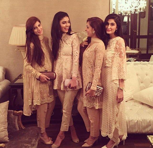 #Desi_Girls s <3 Más