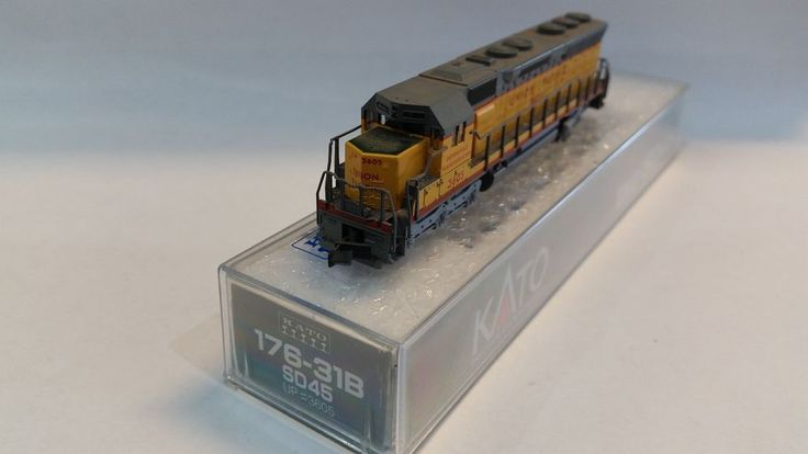 "Kato Model Train ""Union Pacific"" Locomotive #SD-45 in box SHIPS FREE!"
