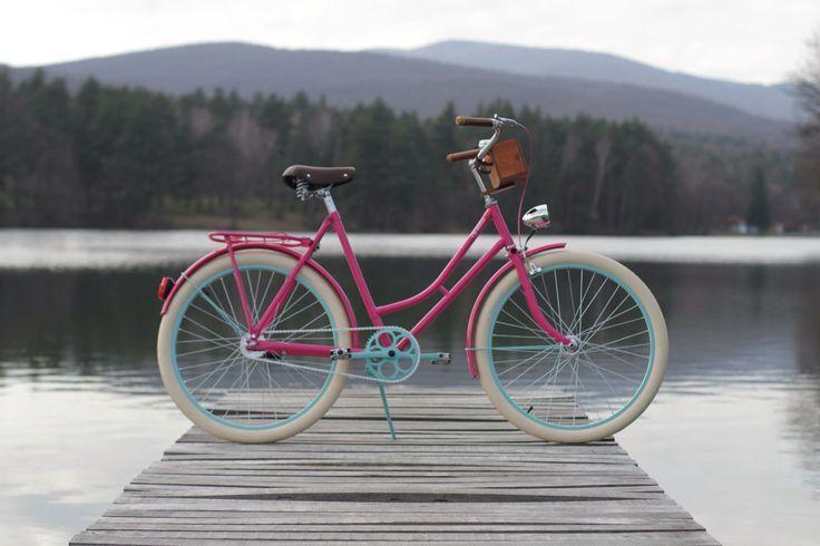 Retro style bike vintage bicycle women pink