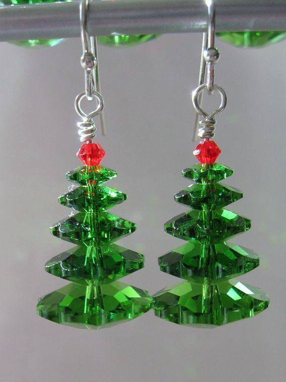 Swarovski Christmas tree earrings. How many times I have looked at Swarovski beads and never thought of  this.