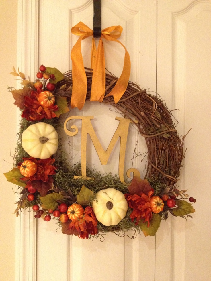 Fall decor: DIY autumn wreath- took a total of two hours to make. Quick movie night project!